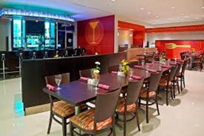 Kem's Cafe & Bar