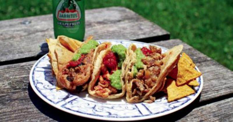 6467_DINING_La-Rosita_tacos.jpg