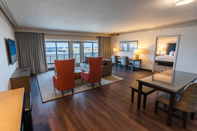 East Tower Suite
