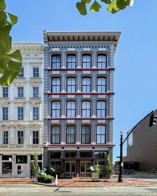 New Hotel Tells the Story of Bourbon City's Heritage