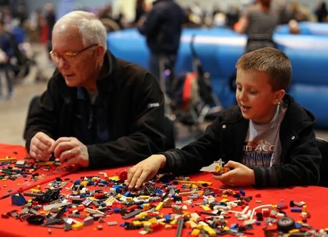 Building a Bigger LEGO Show